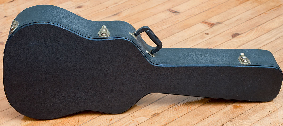 7 Essentials for Every Guitarist's Bag