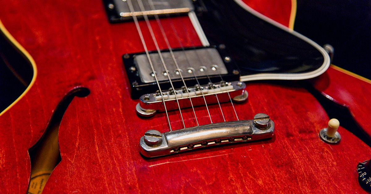 Choosing the Right Guitar Body Style