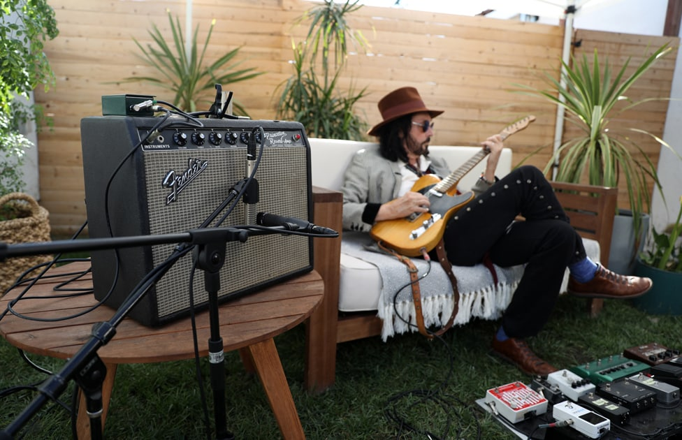 Mike Campbell playing his Fender Broadcaster into a Princeton Reverb