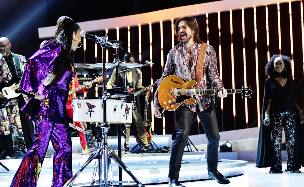 "Juanes and Shiela E. perform at ""Let's Go Crazy"" Prince Tribute - Courtesy of the Recording Academy®/ Getty Images © 2020"