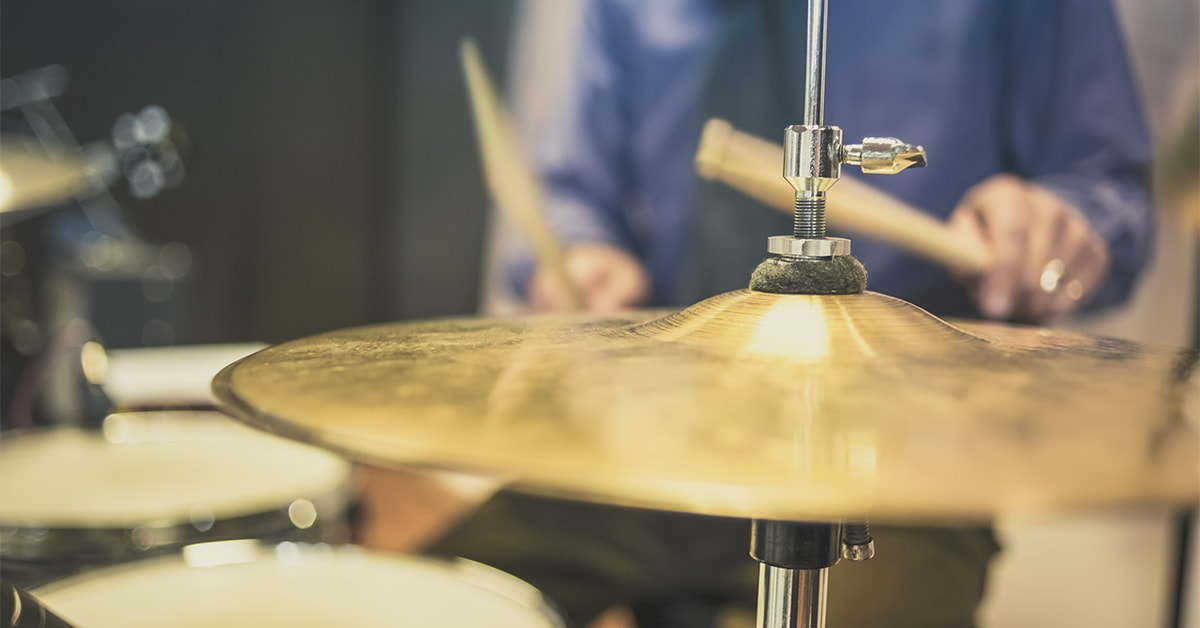 Recording a Drum Set with 4 Microphones