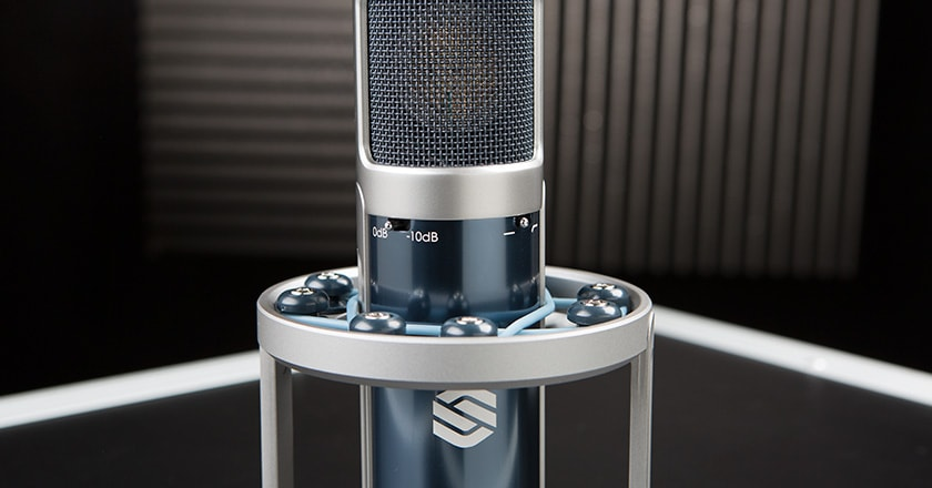 Close-up Image of the Sterling  ST159 Microphone's Attenuation and Low-Pass Filter Switches