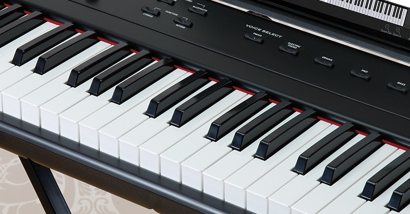 The full-sized keys of the Williams Legato III